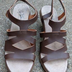 Women's Life Stride Brown Wedge Sandals Size 9.5W